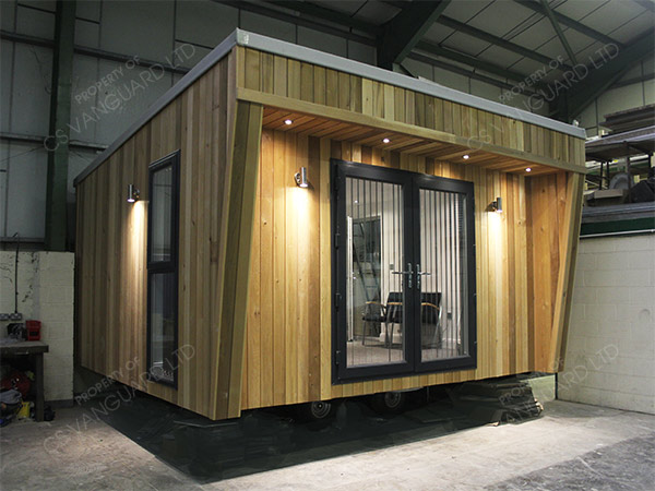 Bespoke cedar garden office cs vanguard for Cedar garden office