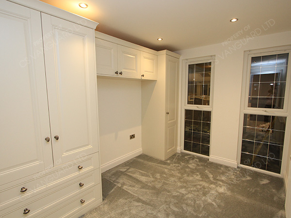classic-traditional-wardrobes